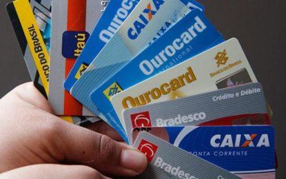 Coluna Valmir Falcão – Como usar o cartão de crédito