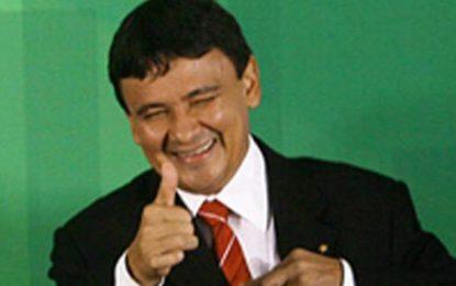 Wellington Dias lidera pesquisa na disputa para governador do Piauí